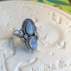 Jewelry - Moonstone Sterling Silver Ring Sz 7